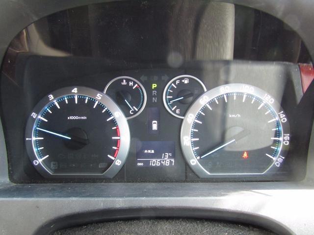トヨタ ヴェルファイア 2.4V 4WD