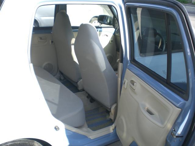 お車の装備、機能のご案内、ご説明させていただきますのでお問い合わせください。