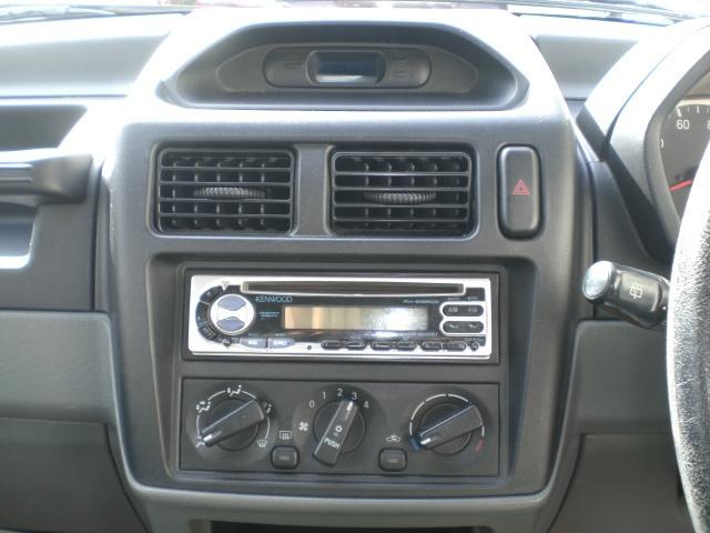 X 切り替え4WD キーレス 社外CDオーディオ(16枚目)