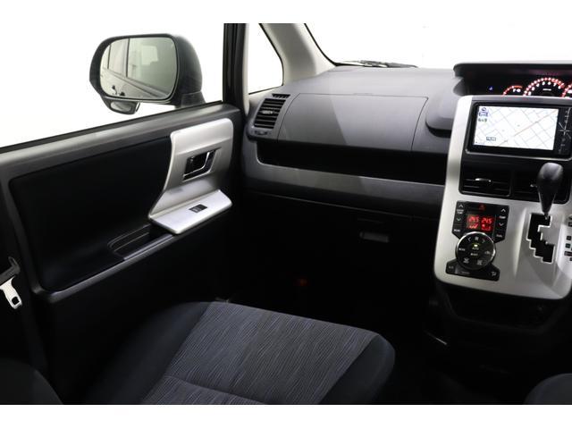 ZS 煌 純正SDナビ 後席モニター フルセグ Bluetooth バックカメラ 両パワスラ 7人乗り 2列目回転シート ETC 社外エンスタ スマートキー プッシュスタート 純正エアロ 寒冷地仕様車(32枚目)