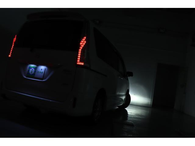 ライダーブラックラインアドバンスドセーフティパック 純正SDナビ 後席モニター アラウンドビューモニター Bluetooth 両パワスラ  エマブレ 横滑り防止装置 アイドリングストップ クルコン ドラレコ スマートキー プッシュスタート 寒冷地仕様車(18枚目)