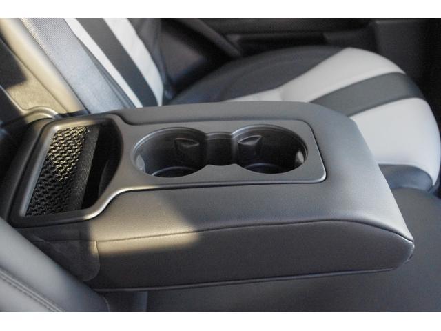 「ランドローバー」「レンジローバースポーツ」「SUV・クロカン」「北海道」の中古車66