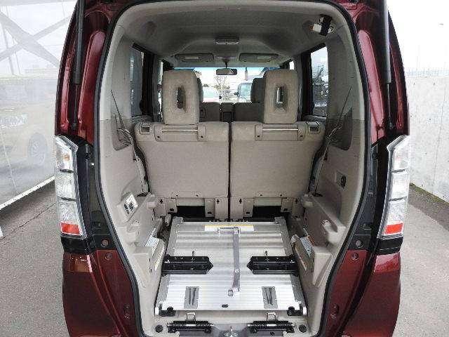 G・Lパッケージ CD 4WD(18枚目)