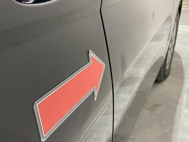 右Rドアにエクボ  ※掲載写真以外にも、年式や走行距離に応じた微細な傷がある場合がございます。予めご了承ください。