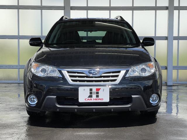 2.0i 4WD フルセグナビ Egスターター HIDヘッドライト ETC スマートキー CD・DVD・データ再生 フォグライト(2枚目)