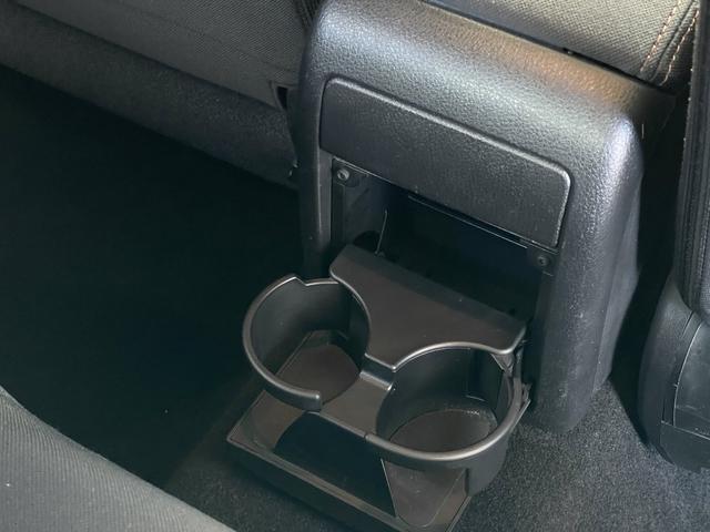 2.0i 4WD フルセグナビ Egスターター HIDヘッドライト ETC スマートキー CD・DVD・データ再生 フォグライト(36枚目)