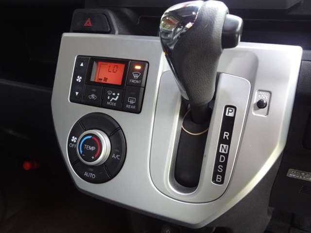 X 4WD エンジンスターター 16インチアルミ ナビ(16枚目)