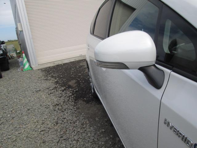 トヨタ プリウスアルファ S Lセレクション 5人乗り