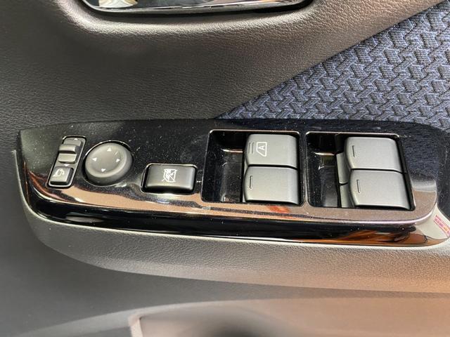 G 4WD プッシュスタート LEDヘッドライト オートエアコン 電動格納ミラー パワーウィンドウ アイドリングストップ(18枚目)