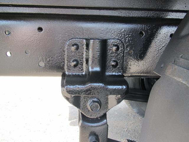 2t積 4ナンバー 平ボディ 4WD(12枚目)