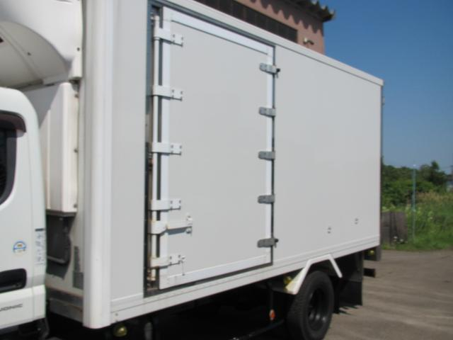 2t パネルバン 冷蔵冷凍車(5枚目)