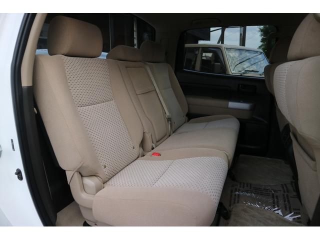米国トヨタ タンドラ クルーマックス 4WD SR5TRDオフロードパッケージ