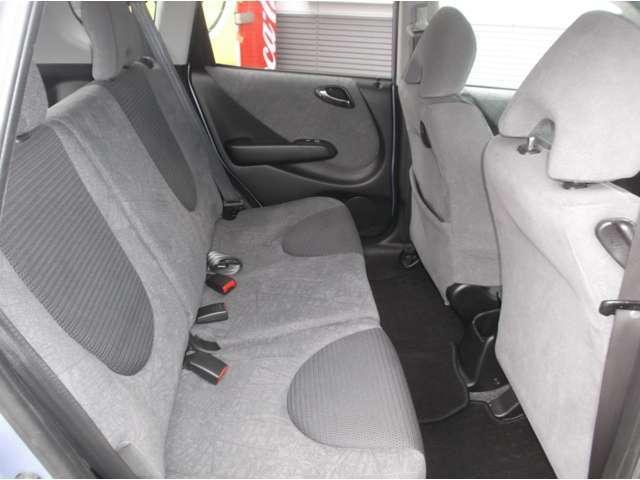 ホンダ フィット W 4WD キーレス 電動格納ミラー