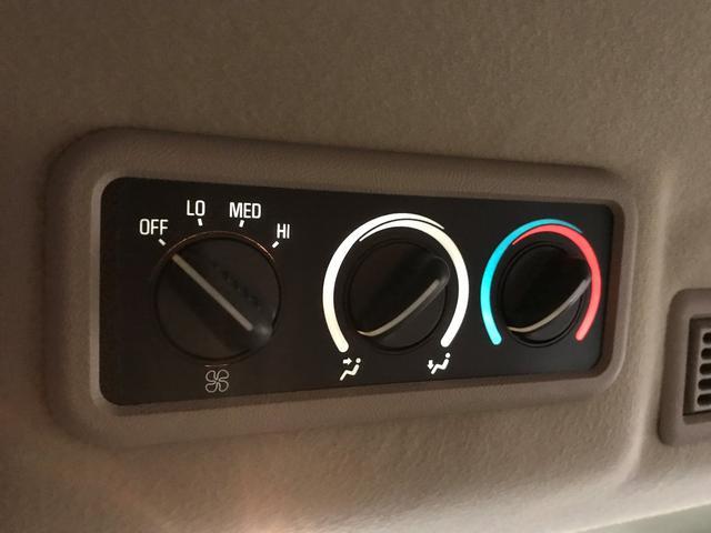 シボレー シボレー エクスプレス ベースグレード 4WD 社外16インチAW ナビ ETC