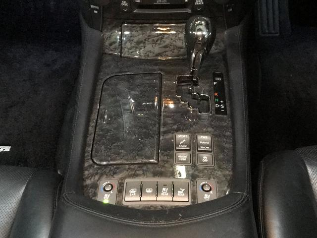レクサス LS LS600hL後席セパレートシートパッケージ 22AW 黒革