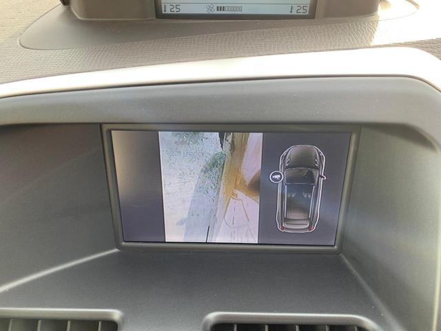 サイドカメラの映像も見れます。個別操作も可能です。