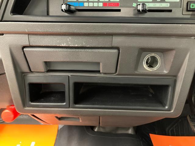 ロングDX 4WD 5速マニュアル 新品ホワイトレターマッドタイヤ ディーゼル(10枚目)