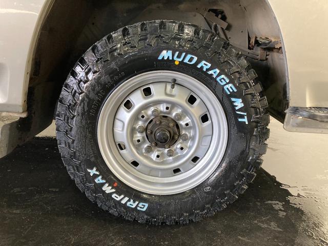 ロングDX 4WD 5速マニュアル 新品ホワイトレターマッドタイヤ ディーゼル(77枚目)