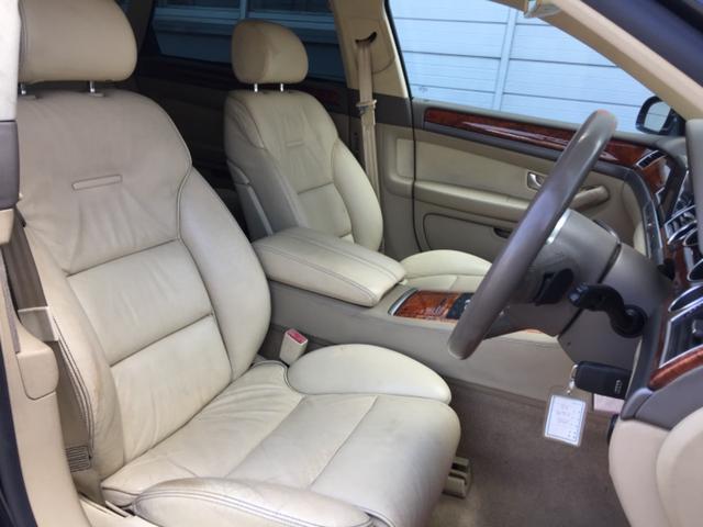 アウディ アウディ A8 L 4.2クワトロ 4WD