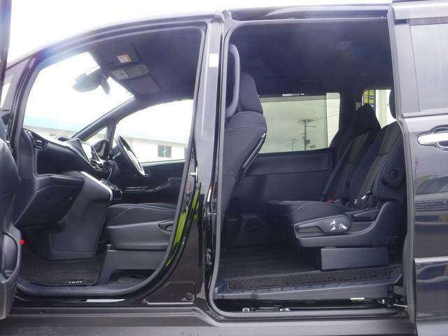 ZS煌 4WD衝突軽減装置ナビBカメラ両側自動ドア寒冷地仕様(16枚目)