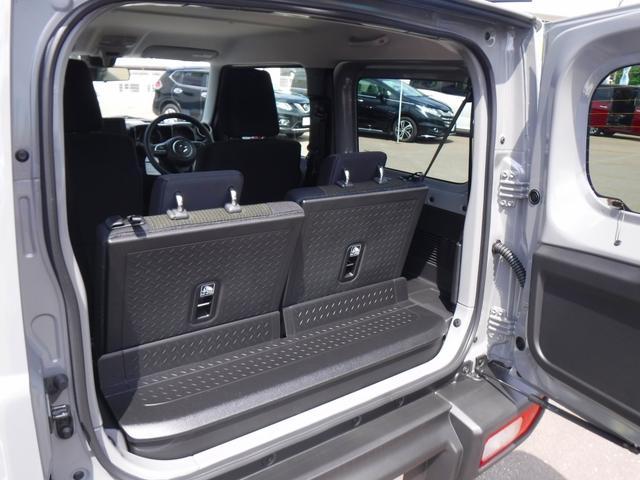 JC 4WD・5速MT・衝突軽減装置・横滑り防止機能・プッシュスター・スマートキー・LEDヘッドライト・フォグランプ・オートライト・クルーズコントロール・ステアリングリモコン・シートヒーター・背面タイヤ(16枚目)