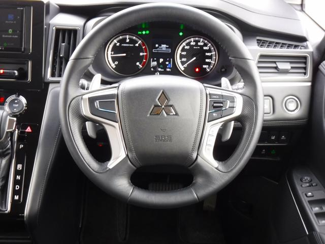G 4WDディーゼル車・禁煙車・レンタアップ・社外メモリーナビ・アラウンドビューカメラ・両側自動ドア・ETC・パドルシフト・LEDヘッドライト・純正18inアルミ・スマートキー・プッシュスタート・クルコン(10枚目)