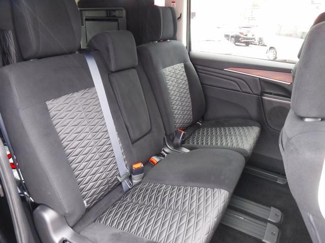G 4WDディーゼル車・禁煙車・レンタアップ・社外メモリーナビ・アラウンドビューカメラ・両側自動ドア・ETC・パドルシフト・LEDヘッドライト・純正18inアルミ・スマートキー・プッシュスタート・クルコン(14枚目)