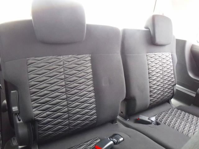 G 4WDディーゼル車・禁煙車・レンタアップ・社外メモリーナビ・アラウンドビューカメラ・両側自動ドア・ETC・パドルシフト・LEDヘッドライト・純正18inアルミ・スマートキー・プッシュスタート・クルコン(16枚目)