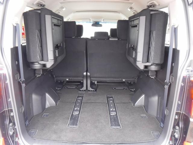 G 4WDディーゼル車・禁煙車・レンタアップ・社外メモリーナビ・アラウンドビューカメラ・両側自動ドア・ETC・パドルシフト・LEDヘッドライト・純正18inアルミ・スマートキー・プッシュスタート・クルコン(17枚目)