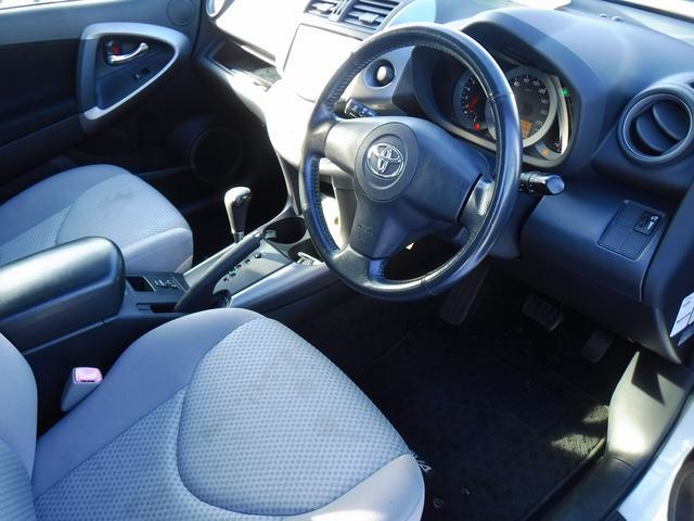 Xリミテッド 4WD 走行距離36033km 社外SDナビ・フルセグ・ETC・スマートキー・Pスタート・HIDライト・フォグ・純正17インチアルミ・CD・DVD・BLUETOOTH・ミュージックサーバー・USB(11枚目)