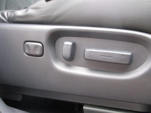 ZX HDDナビアルカンターラスタイル 4WD 1オーナー(11枚目)