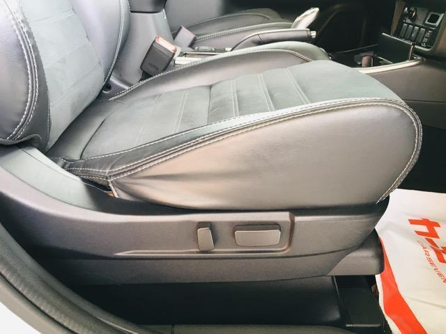 Gセーフティパッケージ 4WD アラウンドビューモニター LEDヘッドライト ハーフレザーシート シートヒーター ステアリングヒーター CD・DVD・USB・Bluetoothプレイヤー 衝突軽減ブレーキ(12枚目)