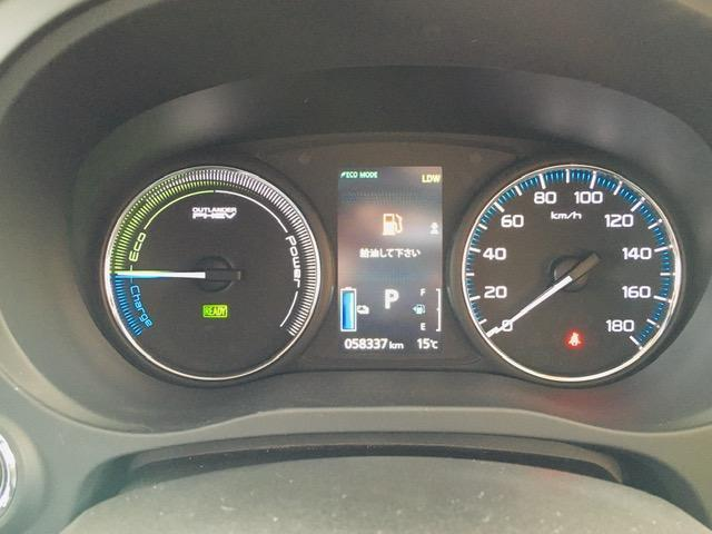 Gセーフティパッケージ 4WD アラウンドビューモニター LEDヘッドライト ハーフレザーシート シートヒーター ステアリングヒーター CD・DVD・USB・Bluetoothプレイヤー 衝突軽減ブレーキ(13枚目)
