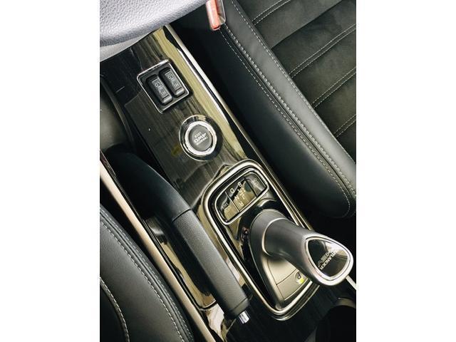 Gセーフティパッケージ 4WD アラウンドビューモニター LEDヘッドライト ハーフレザーシート シートヒーター ステアリングヒーター CD・DVD・USB・Bluetoothプレイヤー 衝突軽減ブレーキ(20枚目)