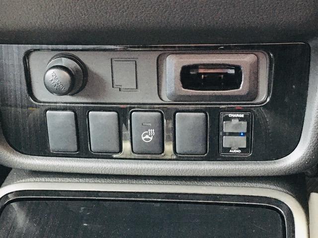 Gセーフティパッケージ 4WD アラウンドビューモニター LEDヘッドライト ハーフレザーシート シートヒーター ステアリングヒーター CD・DVD・USB・Bluetoothプレイヤー 衝突軽減ブレーキ(28枚目)