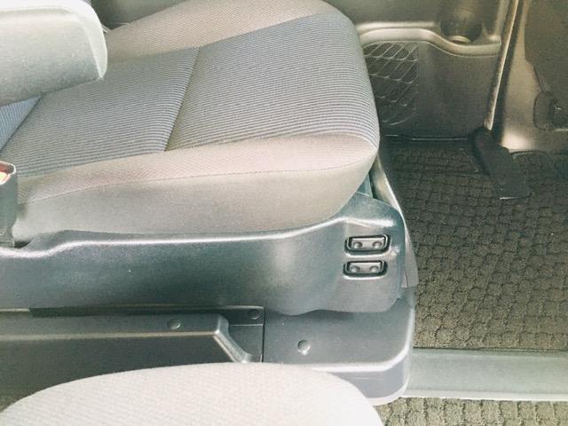 ZS ウェルキャブ サイドリフトアップシート 福祉車両 純正9インチナビ コーナーセンサー バックカメラ(8枚目)