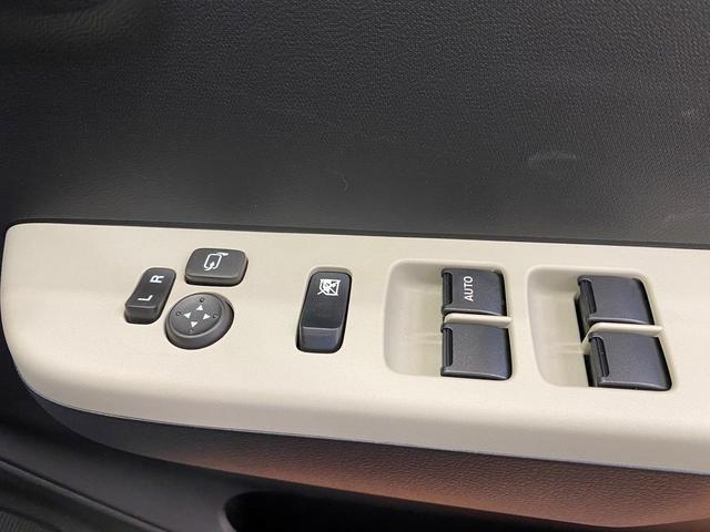 S 4WD スズキセーフティサポート デュアルセンサーブレーキサポート アイドリングストップ キーレス エアコン 電動格納ドアミラー シートヒーター  パワーウィンドウ 運転席シートリフター(8枚目)