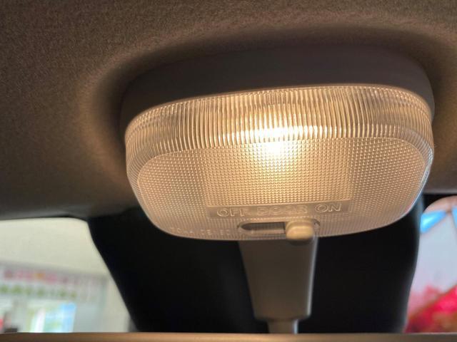 S 4WD スズキセーフティサポート デュアルセンサーブレーキサポート アイドリングストップ キーレス エアコン 電動格納ドアミラー シートヒーター  パワーウィンドウ 運転席シートリフター(20枚目)