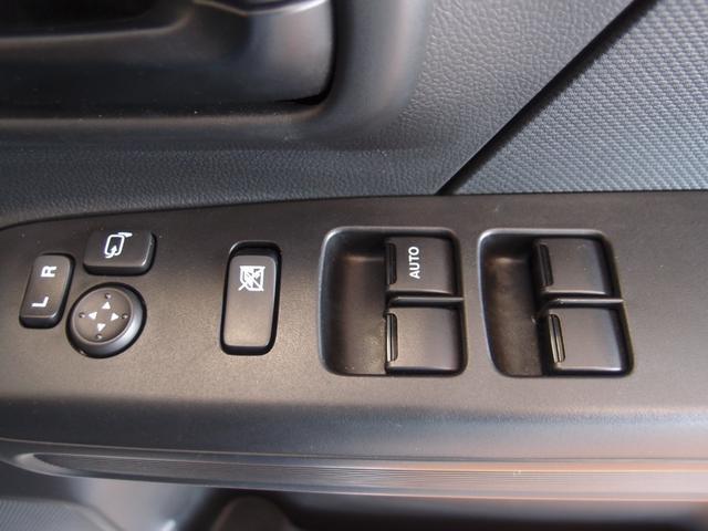 FA 4WD スズキセーフティサポート デュアルセンサーブレーキ キーレス エアコン パワーウィンドウ 電動格納ドアミラー ハロゲンヘッドライト オートライトシステム ABS 運転席シートヒーター(11枚目)