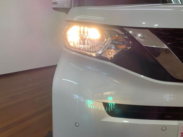 X 4WD ABS 横滑り防止装置 衝突軽減ブレーキ 障害物センサー スマートキー アイドリングストップ ベンチシート シートヒーター 片側電動スライドドア 盗難防止装置 バックカメラ(16枚目)