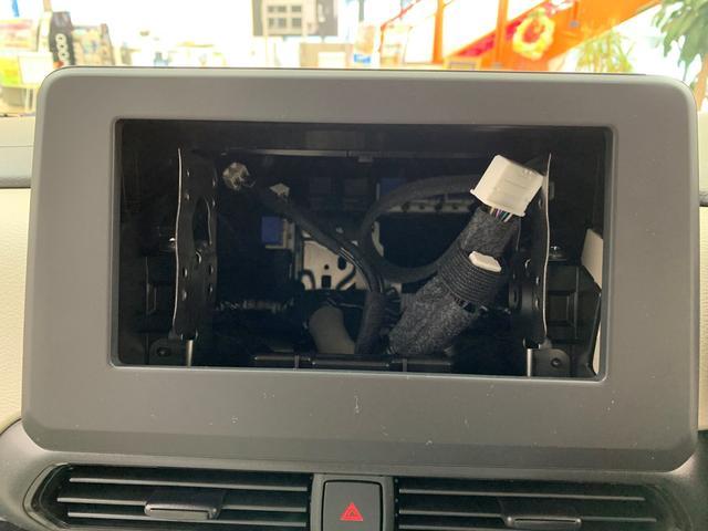 X 4WD ABS 横滑り防止装置 衝突軽減ブレーキ 障害物センサー スマートキー アイドリングストップ ベンチシート シートヒーター 片側電動スライドドア 盗難防止装置 バックカメラ(17枚目)