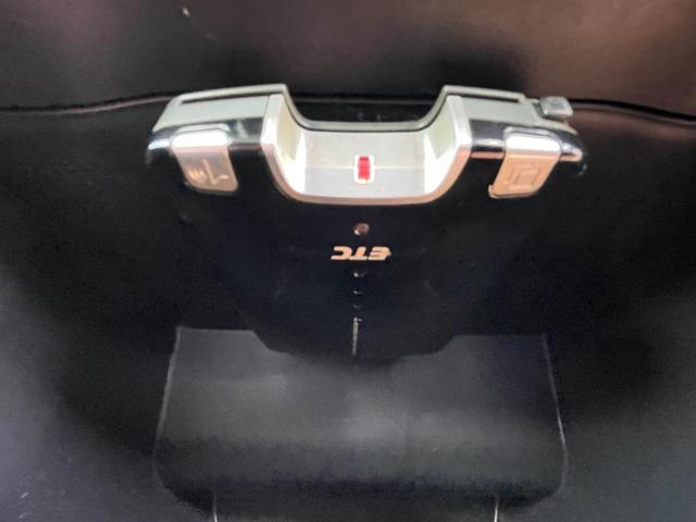 ナビエディションVR 4WD ターボ 純正HDDナビ CD/DVD再生 TV視聴 キーレス(19枚目)