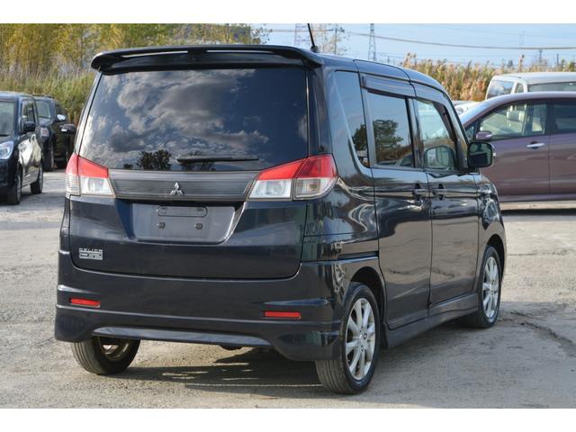 販売車両への保証は『更新型保証』を採用しております。3ヶ月もしくは5,000km時点で当店へ点検を持ち込んで頂いたお車への保証は6ヶ月もしくは10,000kmまで更新致します。