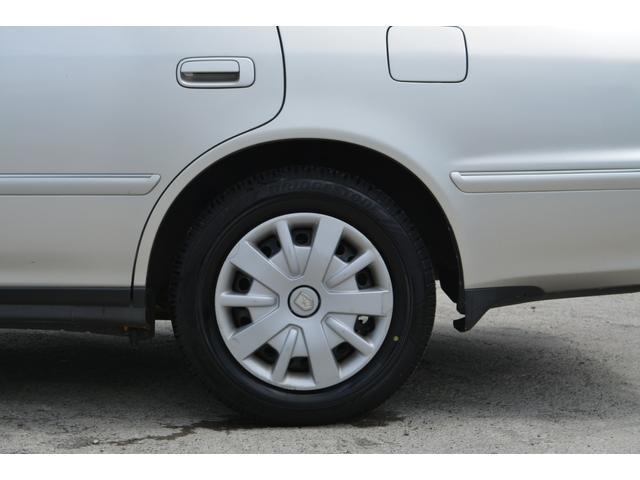 グランデFour Sパッケージ 4WD 修復歴無し 夏タイヤ(12枚目)