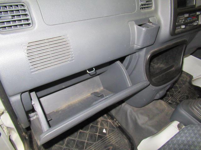 スペシャル マニュアル車 4WD(8枚目)