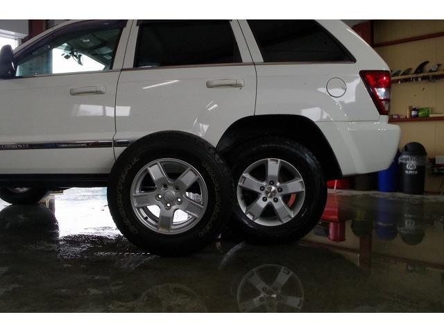 リミテッド4.7 4WD 1ナンバー取得済み リフトアップ ETC ホワイトレターマッドタイヤ付き 事故無 下回り防錆済み バックカメラ(16枚目)