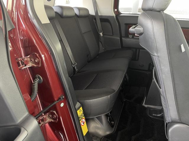 カラーパッケージ 4WD Bカメラ クルコン 寒冷地仕様 障害物センサー フルセグナビ 社外アルミ 横滑り防止 ETC プレイヤー接続(21枚目)