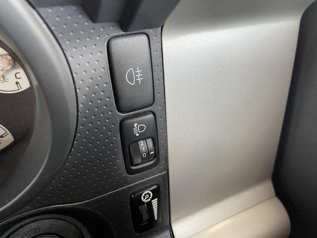 カラーパッケージ 4WD Bカメラ クルコン 寒冷地仕様 障害物センサー フルセグナビ 社外アルミ 横滑り防止 ETC プレイヤー接続(24枚目)