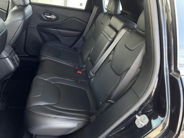 リミテッド 4WD Bカメラ 障害物センサー クルコン ETC ナビ シートヒーター 本革シート HIDライト 横滑り防止 フォグ(25枚目)