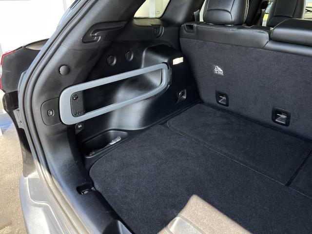 リミテッド 4WD Bカメラ 障害物センサー クルコン ETC ナビ シートヒーター 本革シート HIDライト 横滑り防止 フォグ(28枚目)